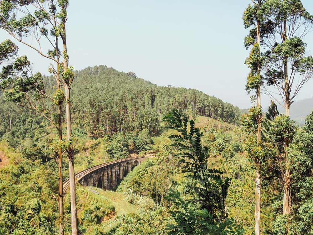 nine arch bridge sri lanka, demodara nine arch bridge, nine arch bridge, nine arch bridge ella, ella sri lanka, ella, things to do in ella, things to see in ella