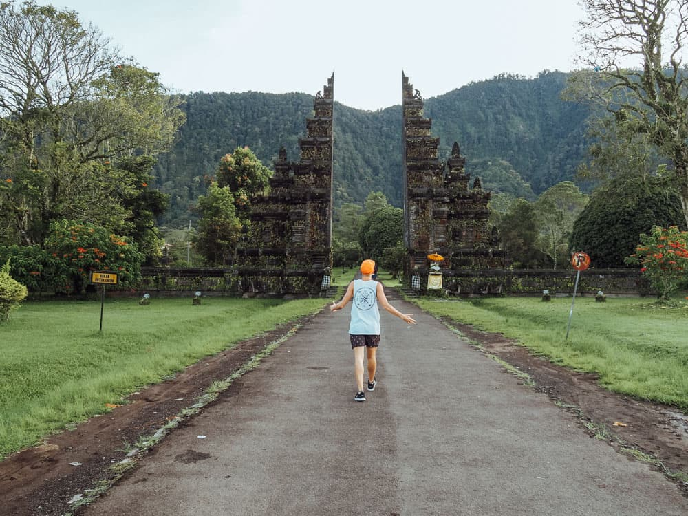 handara gate, bali gates, bali gates bedugul, bedugul, lake buyan, iconic bali gates, handara golf resort bali, handara golf resort, handara resort and golf, handara golf and resort