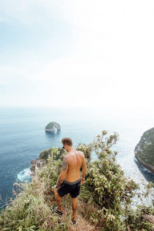 banah cliff nusa penida 9264 e1520549764159