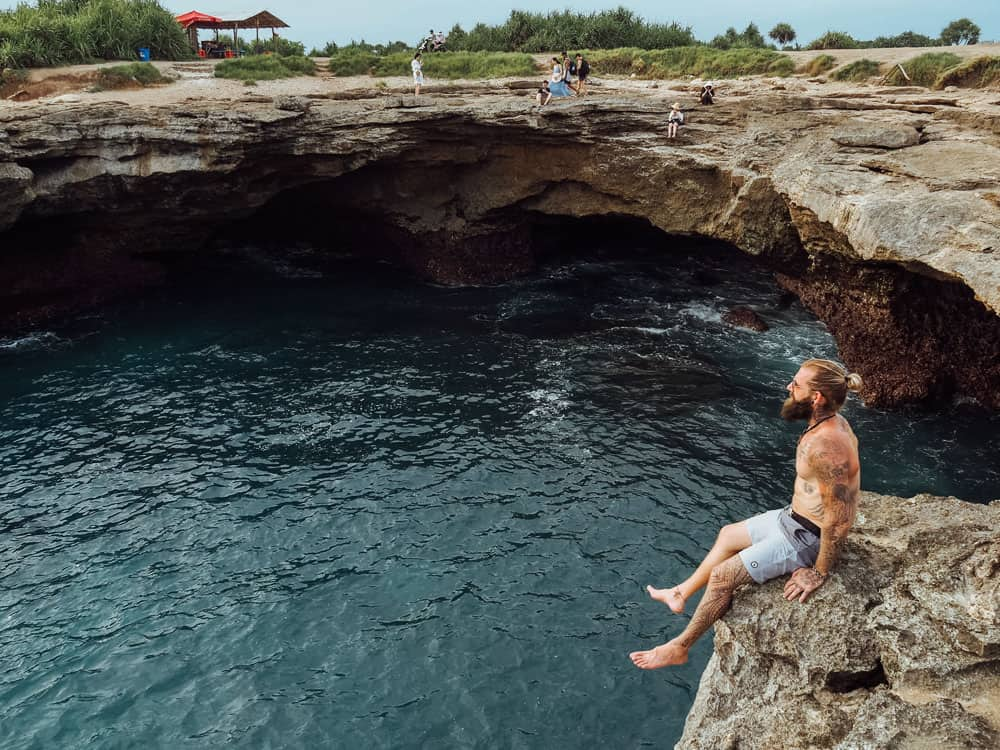 DEVIL'S TEAR ON NUSA LEMBONGAN ISLAND, BALI