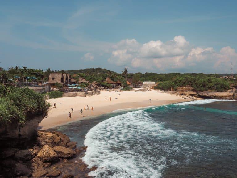 dream beach nusa lembongan, nusa lembongan, dream beach lembongan, dream beach huts, nusa lembongan bali, lembongan bali, nusa lembongan dream beach, dream beach
