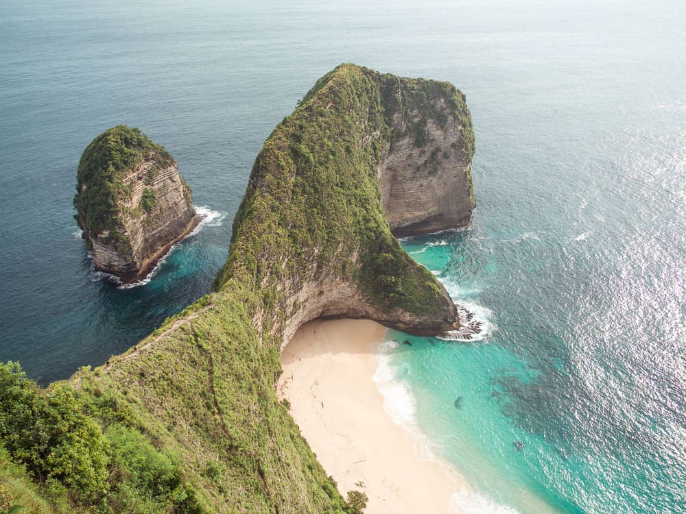 THE ULTIMATE GUIDE TO THE NUSA ISLANDS IN BALI, INDONESIA