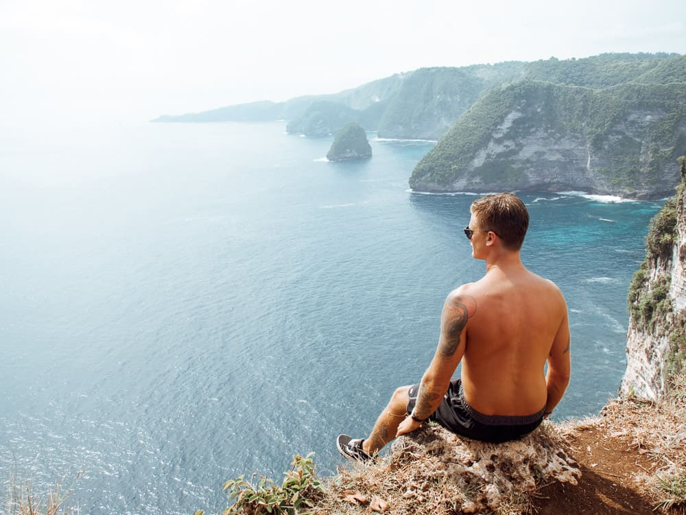 BANAH CLIFF VIEWPOINT IN NUSA PENIDA, BALI