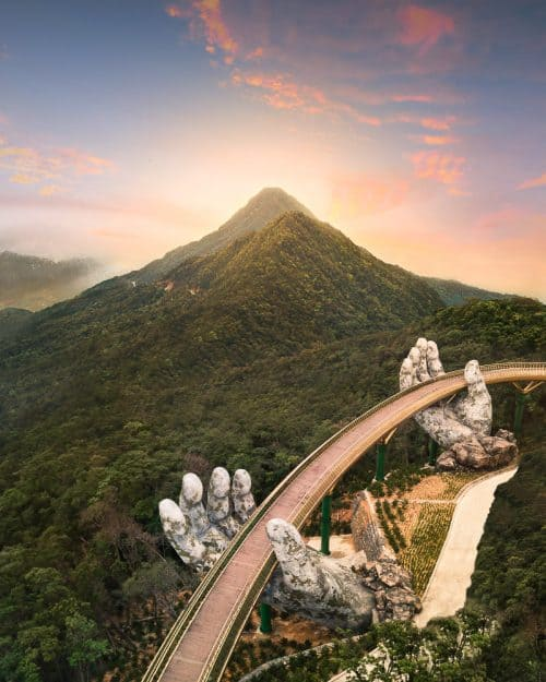 golden bridge ba na hills, gods bridge ba na hills, golden bridge vietnam, ba na hills, golden bridge da nang, golden bridge in ba na hills, golden bridge sun world, sun world da nang, sun world vietnam