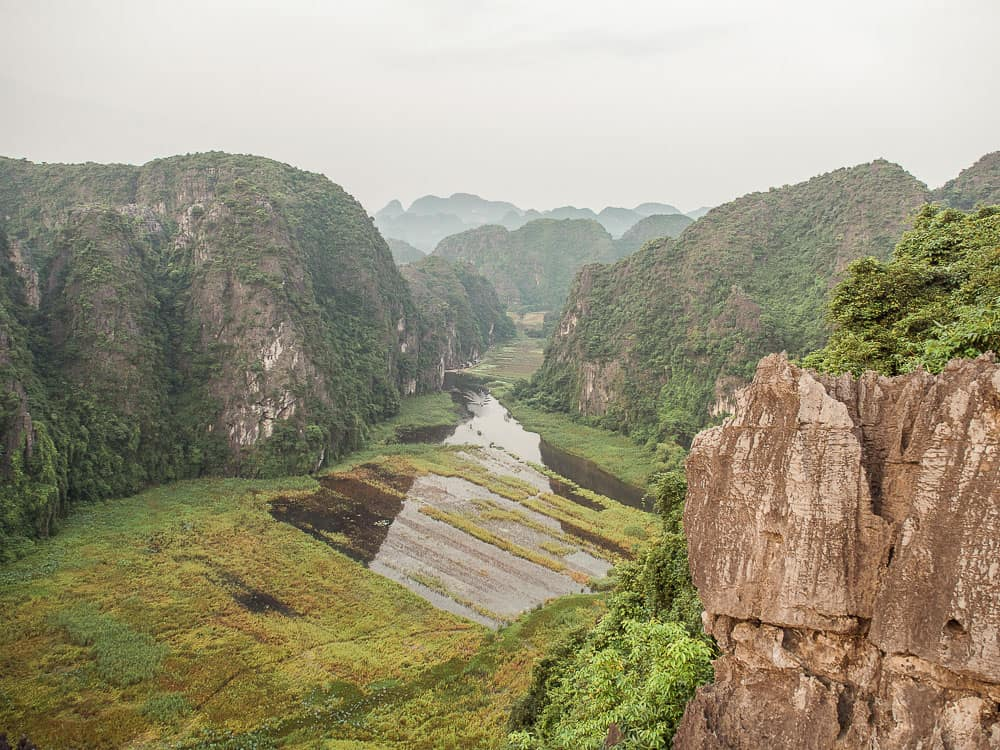 mua cave ninh binh, mua cave tam coc, mua cave, things to do in ninh binh, ninh binh things to do, what to do ninh binh, what to see in ninh binh, ninh binh vietnam, tam coc, tam coc ninh binh, hang mua, things to do in ninh binh