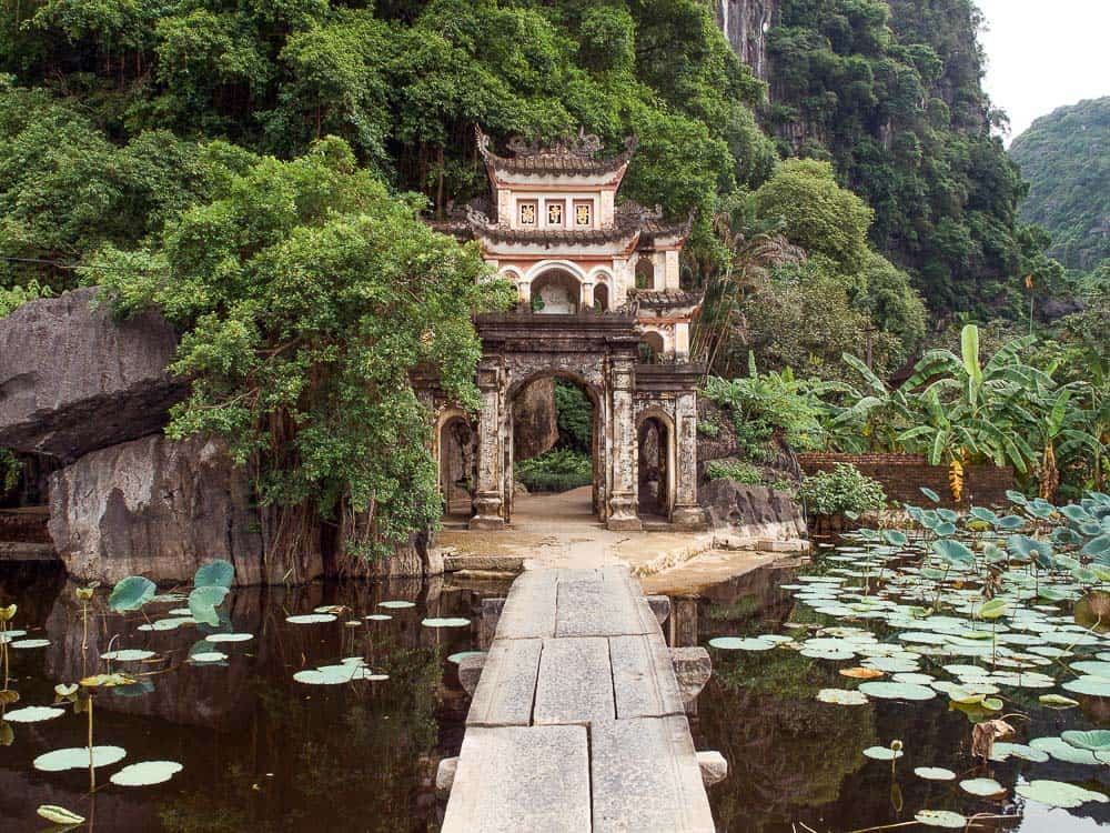 tam coc bich dong, bich dong tam coc, bich dong pagoda tam coc, tam coc bich dong pagoda, bich dong ninh binh, bich dong vietnam, ninh binh, things to do in ninh binh, what to do ninh binh, ninh binh things to do, ninh binh what to see, ninh binh vietnam, tam coc vietnam, things to do in ninh binh
