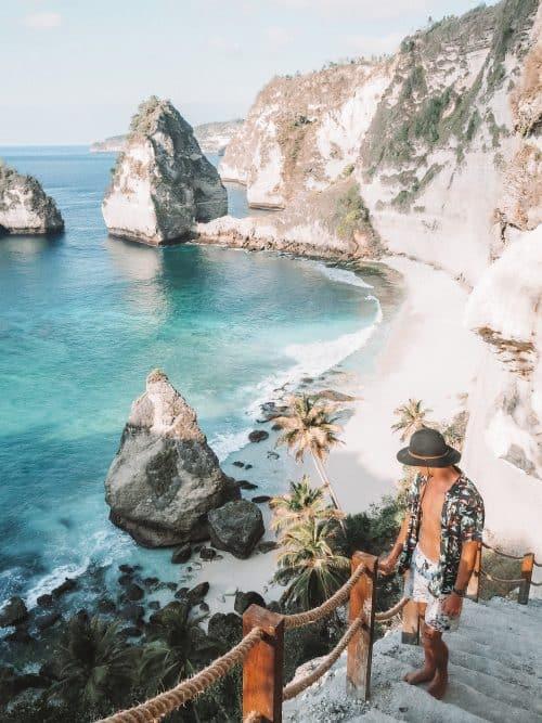 diamond beach nusa penida, atuh beach, atuh beach nusa penida