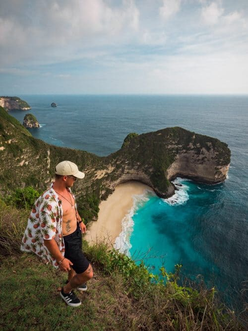 kelingking beach, kelinking beach nusa penida, kelingking secret point beach, trex beach