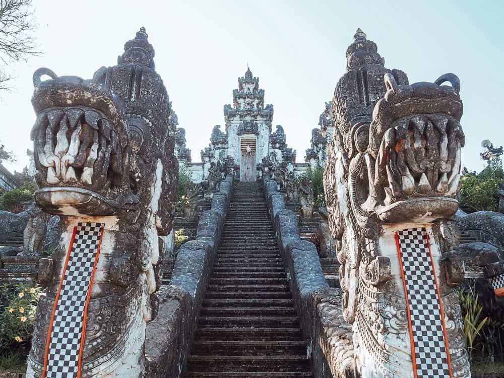 pura lempuyang, pura lempuyang luhur, pura lempuyang temple, pura lempuyang bali, mount lempuyang, pura lempuyang temple bali