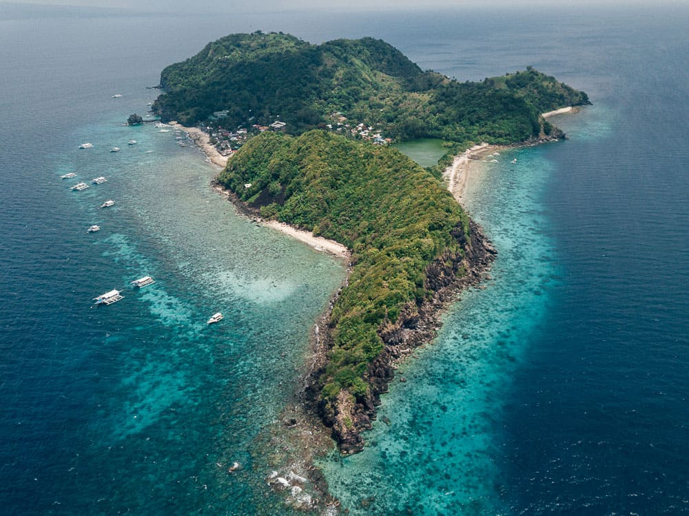dumaguete tourist spots, things to do in dumaguete, what to see in dumaguete, dumaguete, rizal boulevard, dumaguete itinerary, apo island, apo island snorkelling tour, apo island diving, apo island dumaguete, apo island snorkelling, apo island dumaguete