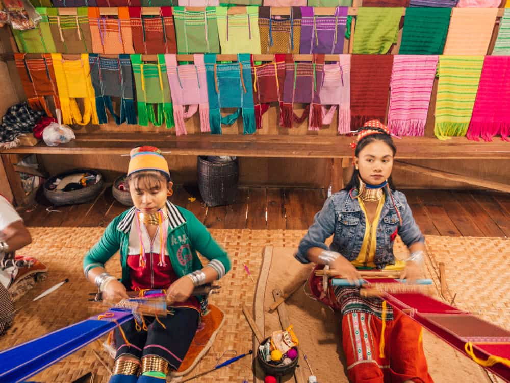 things to do in inle lake, inle lake, inle lake things to do, inle lake tour, what to do in inle lake, inle lake myanmar, inle lake boat trip, inle lake what to do, kayan women, long neck tribe