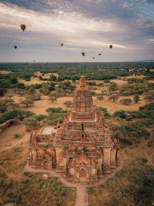 things to do in bagan, what to do in bagan, bagan, bagan tour, e bike bagan, bagan travel, bagan temples, bagan attractions, new bagan, old bagan, bagan itinerary, sunset bagan, ta wet hpaya