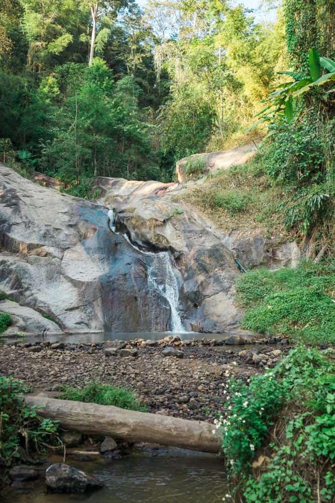 mo paeng waterfall 12