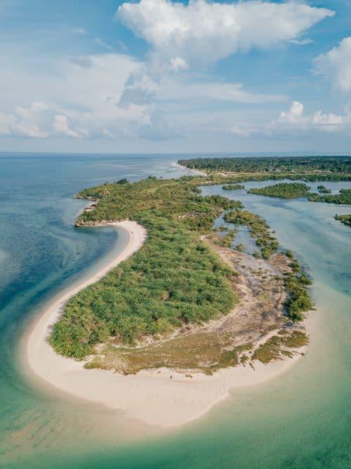 bantayan island lagoon 5 e1572899542807