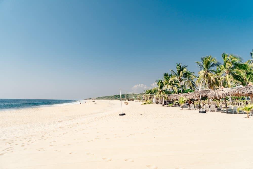 playa bacocho, bacocho, bacocho puerto escondido, playa bacocho puerto escondido, playa bacocho oaxaca, bacocho beach puerto escondido