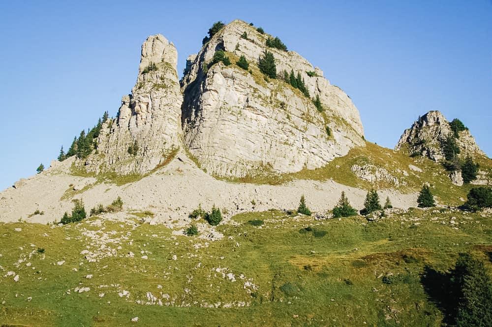 hikes in lauterbrunnen, lauterbrunnen hikes, lauterbrunnen hiking, lauterbrunnen hiking trails, lauterbrunnen hikes, lauterbrunnen hike, hiking in lauterbrunnen