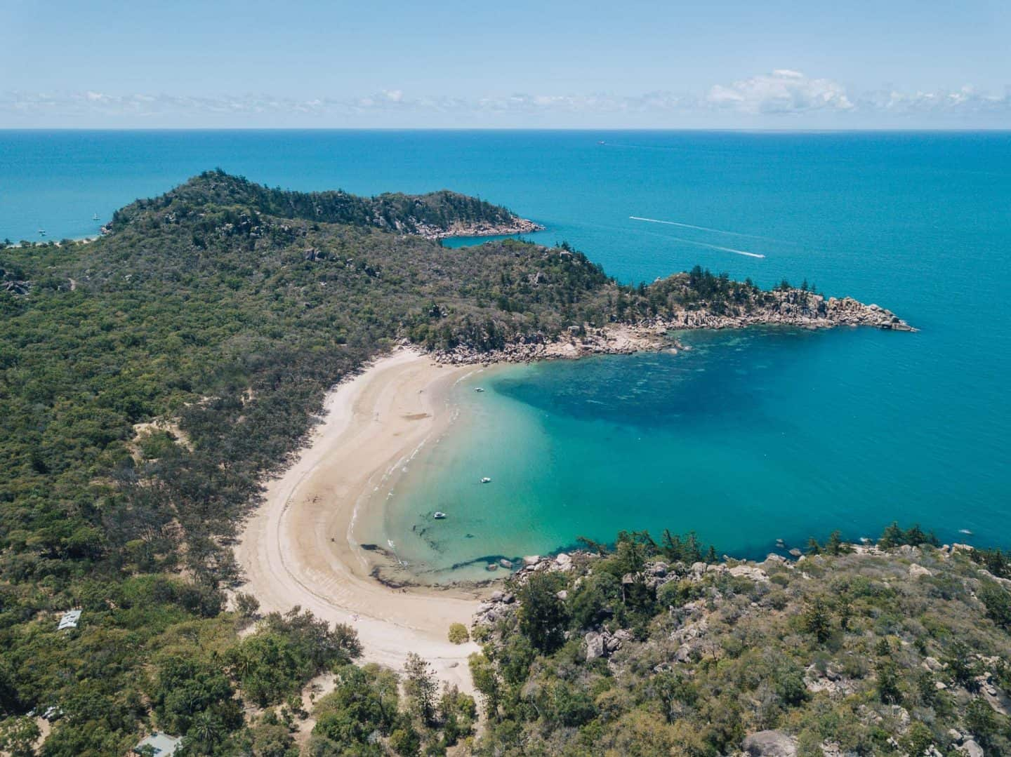 magnetic island, things to do on magnetic island, things to do in magnetic island, magnetic island australia, magnetic island queensland, florence bay