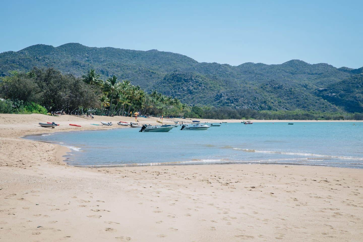 horseshoe bay magnetic island, magnetic island horseshoe bay