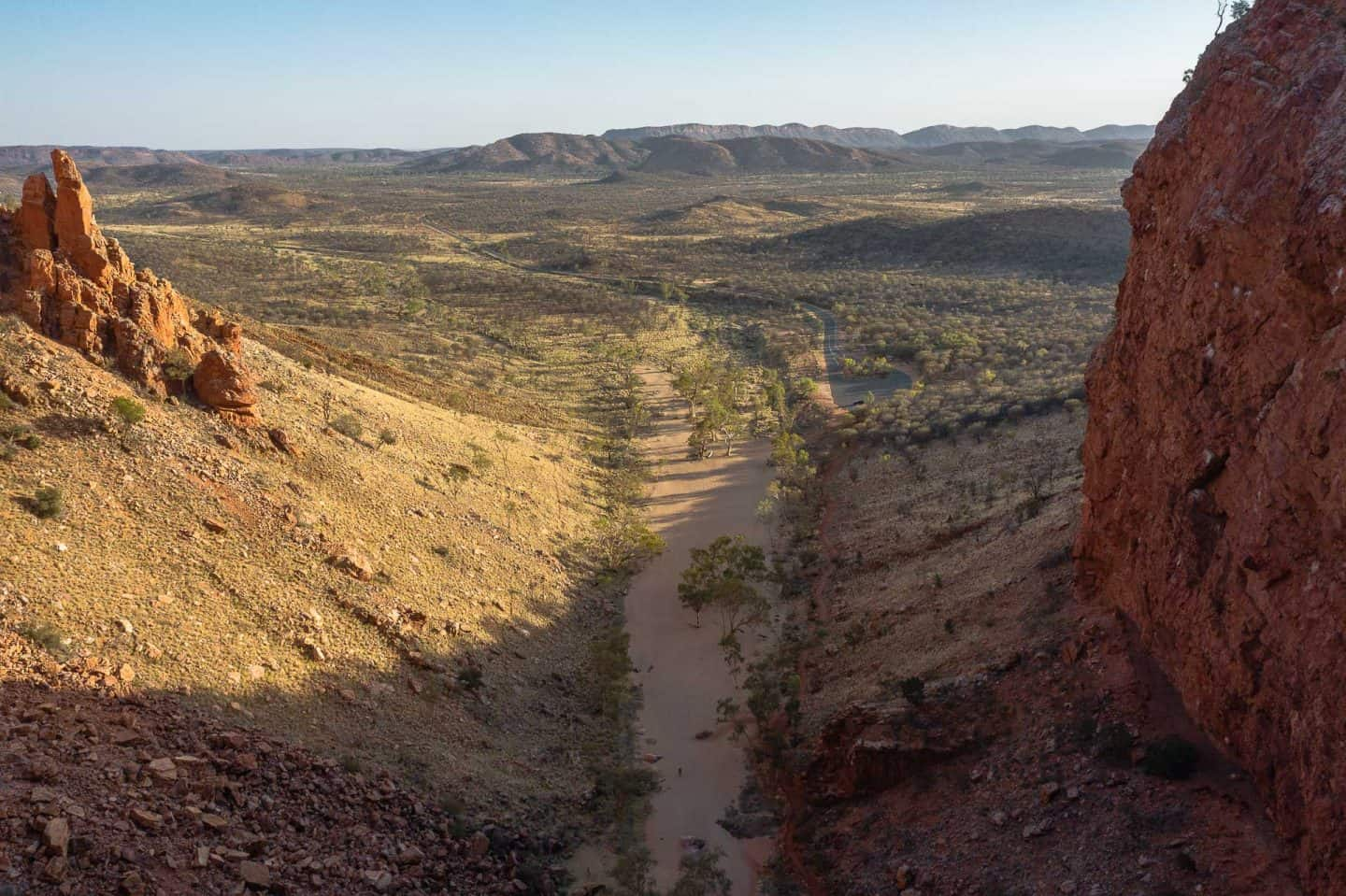 things to do in alice springs, what to do in alice springs, alice springs attractions, simpsons gap