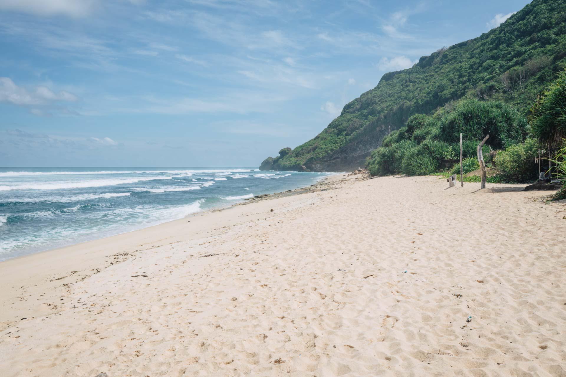 nyang nyang beach, nyang nyang, pantai nyang nyang