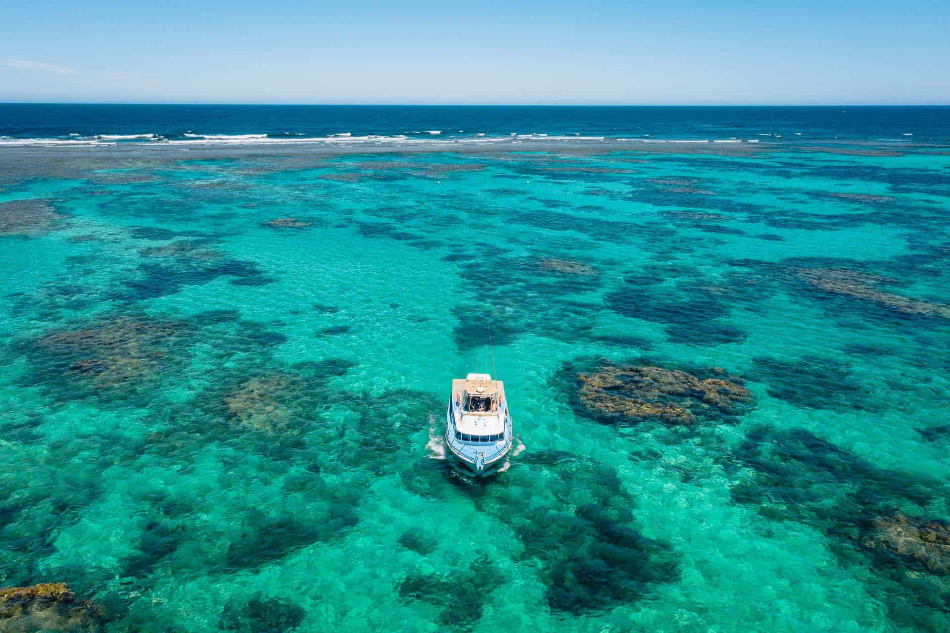 things to do in coral bay, coral bay things to do, coral bay western australia, coral bay, beaches in coral bay