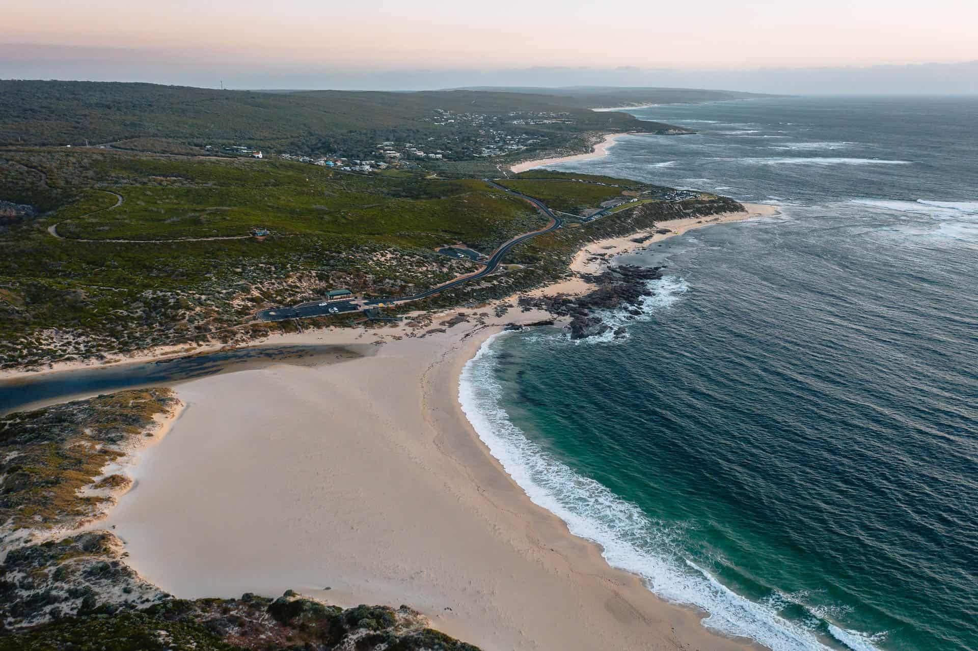 things to do in margaret river, what to do in margaret river, best things to do in margaret river, things to do margaret river, surfers point, surfers point margaret river, margaret river mouth