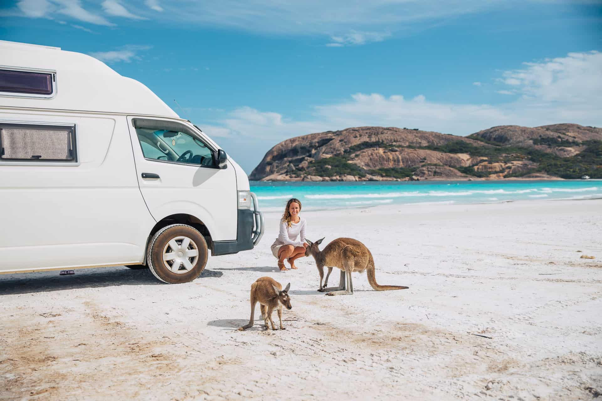 things to do in esperance, what to do in esperance, esperance things to do, esperance attractions, beaches in esperance, lucky bay, lucky bay esperance, lucky bay kangaroos