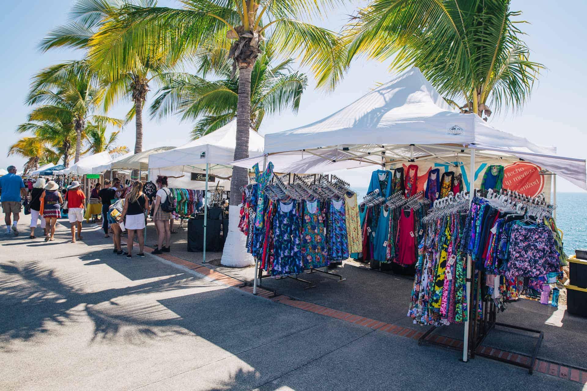 things to do in sayulita, sayulita mexico, what to do in sayulita, sayulita, la cruz market