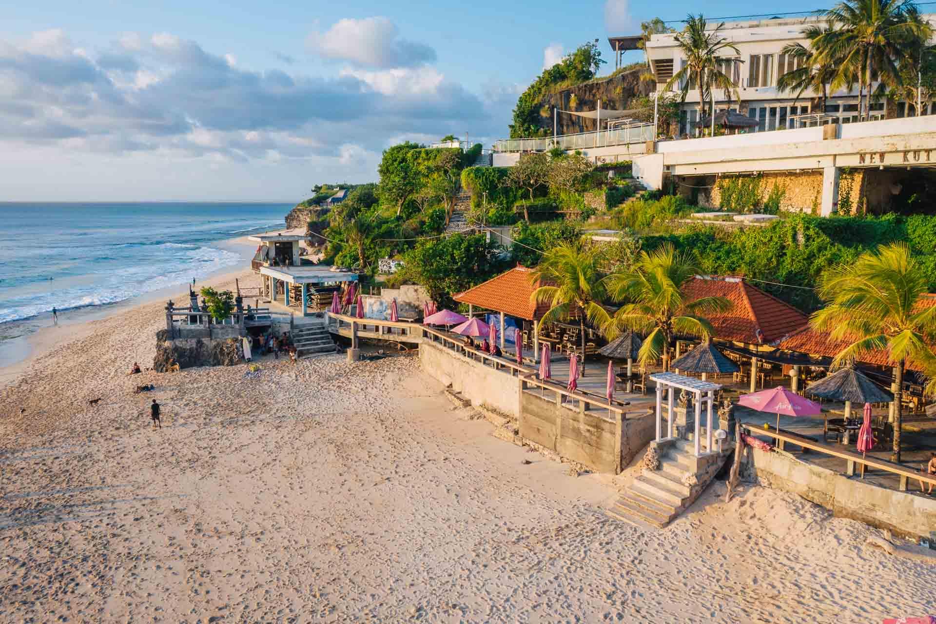 dreamland beach, dreamland beach bali, pantai dreamland, bali dreamland beach, dreamland bali beach